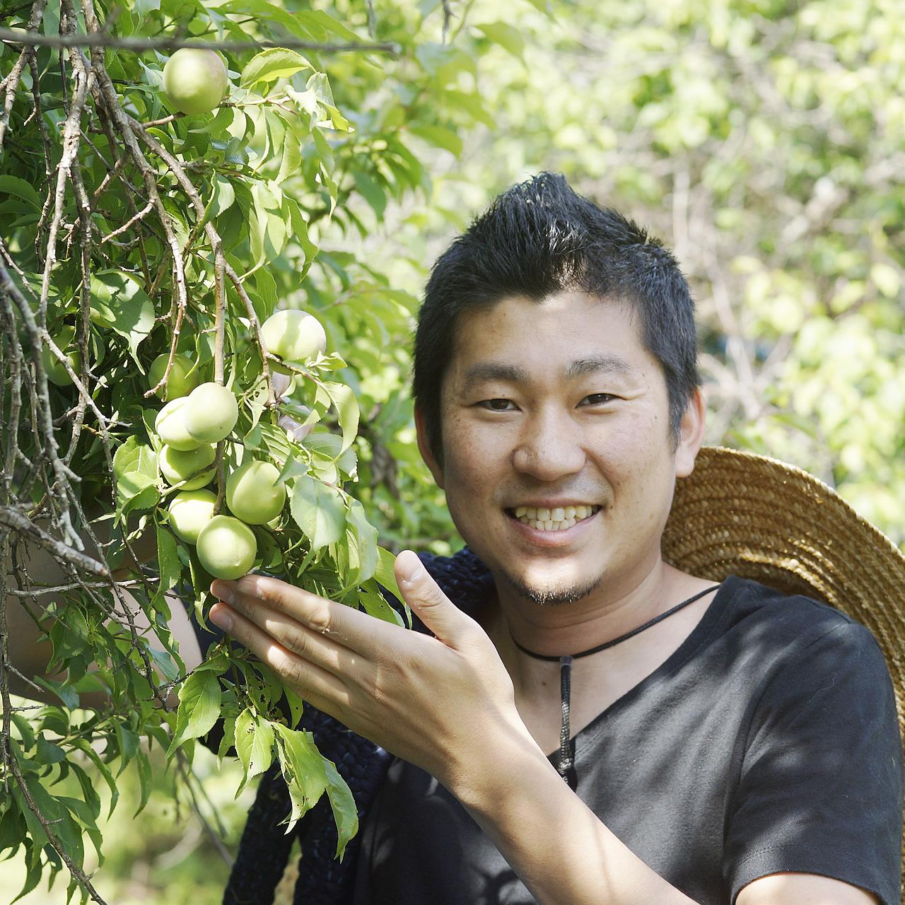 有機生梅の生産者でもある深見優です。